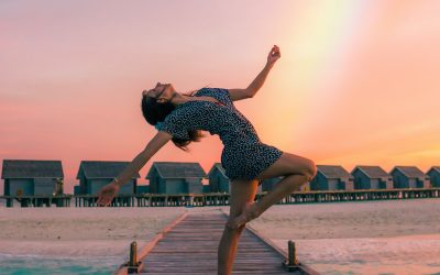 Living Cyclically and Honoring Your Body: The Bright Life Podcast